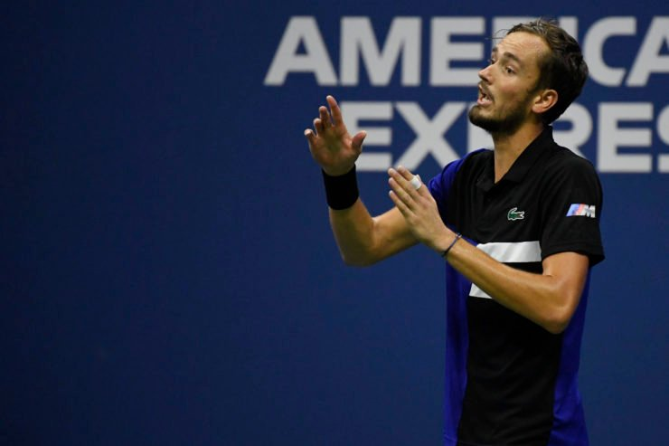 Daniil Medvedev arguing with the match official at US Open 2020