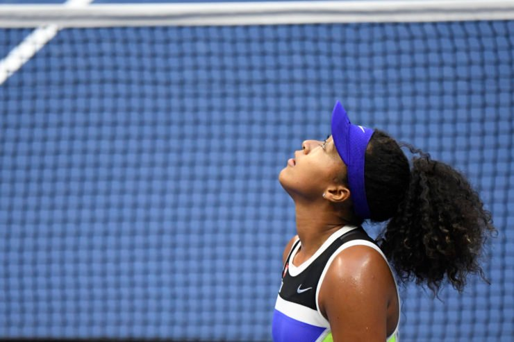Naomi Osaka looks up to the sky after her victory against Victoria Azarenka at the 2020 US Open finals
