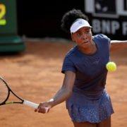 Venus Williams hits a shot against Victoria Azarenka in the Italian Open 2020
