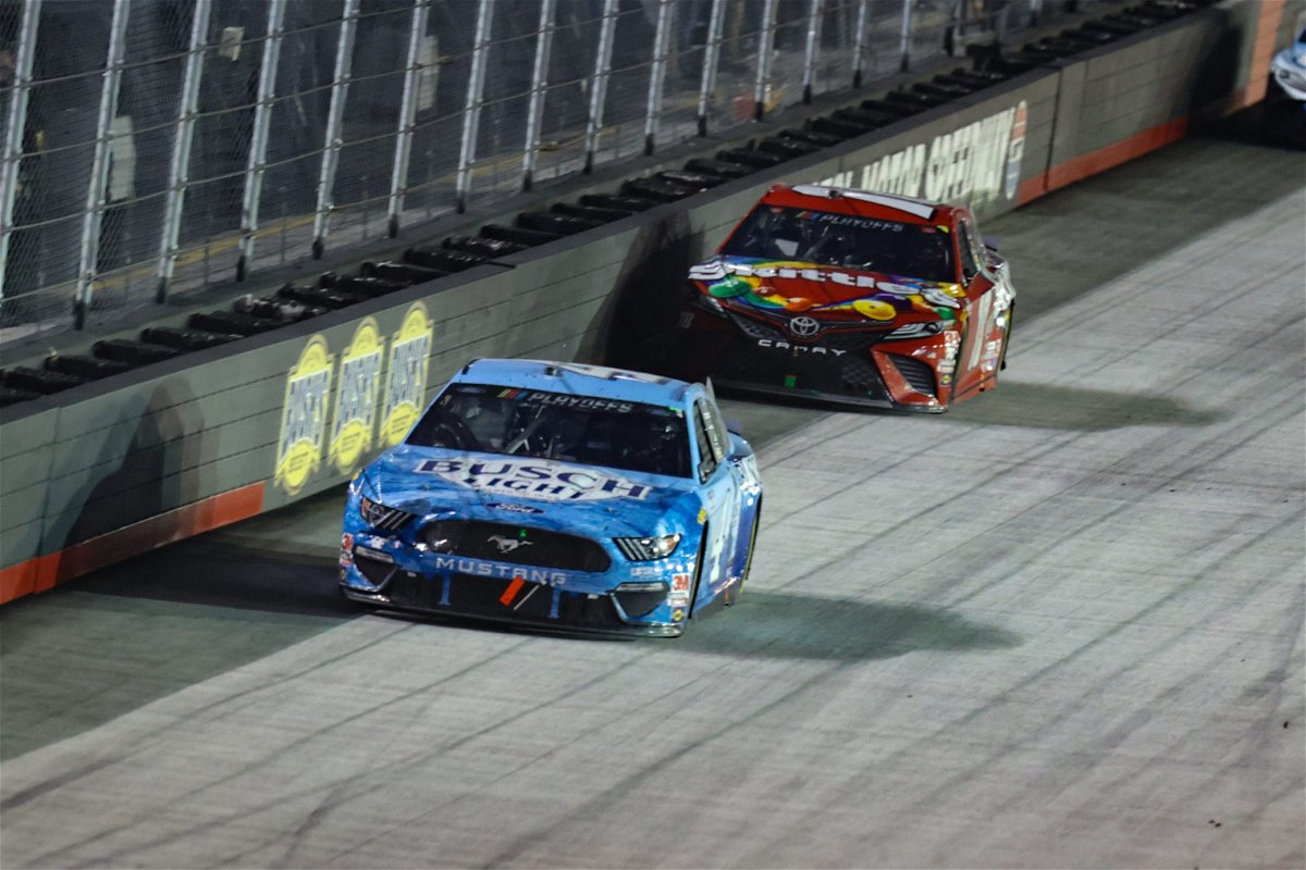 Kevin Harvick and Kyle Busch in action at Bristol