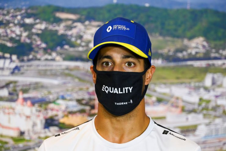 Daniel Ricciardo praises Lewis Hamilton at the Pre Race Press at Sochi