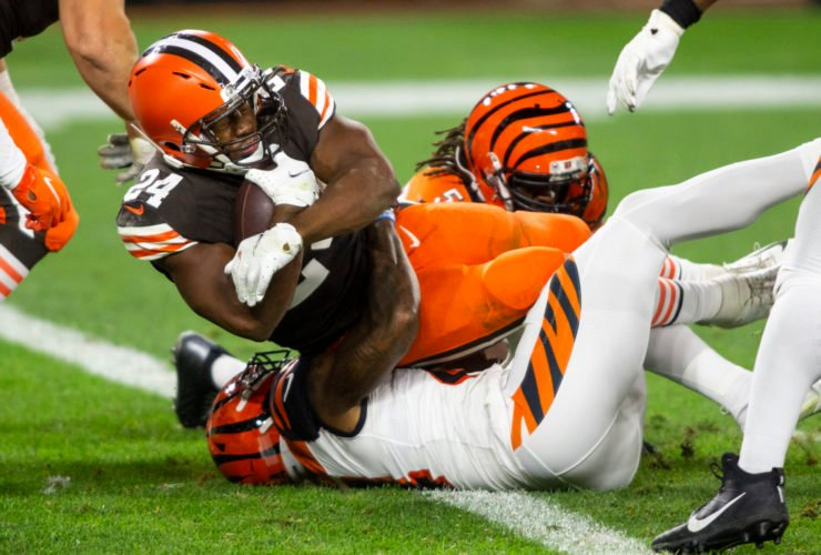 Cleveland Browns running back Nick Chubb makes a play against Cincinnati Bengals in Week Two.
