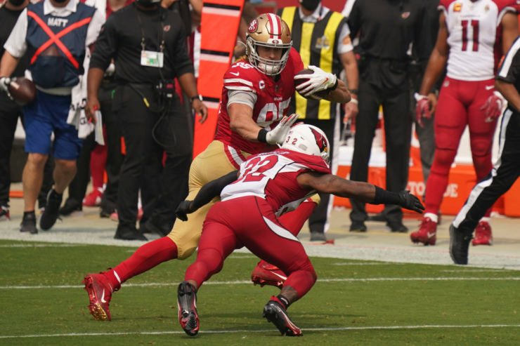 San Francisco 49ers tight end George Kittle tries to make a play against Arizona Cardinals in Week One.