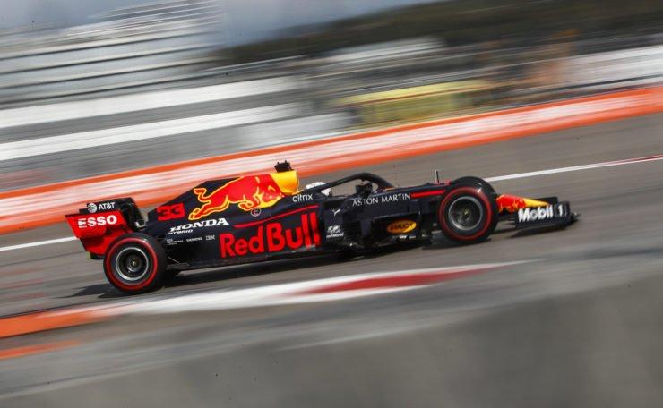 马克斯·维斯塔潘赛车在俄罗斯大奖赛排位赛