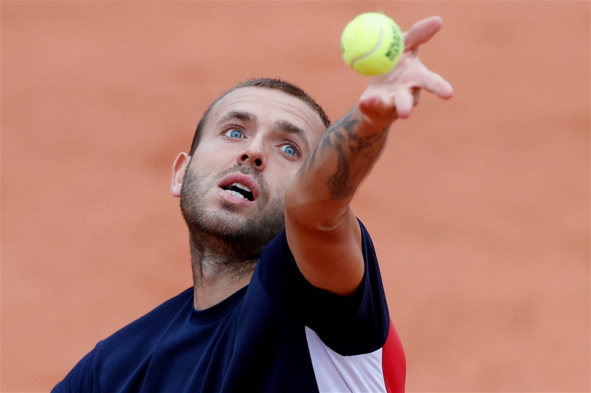 Dan Evans in action at French Open 2020