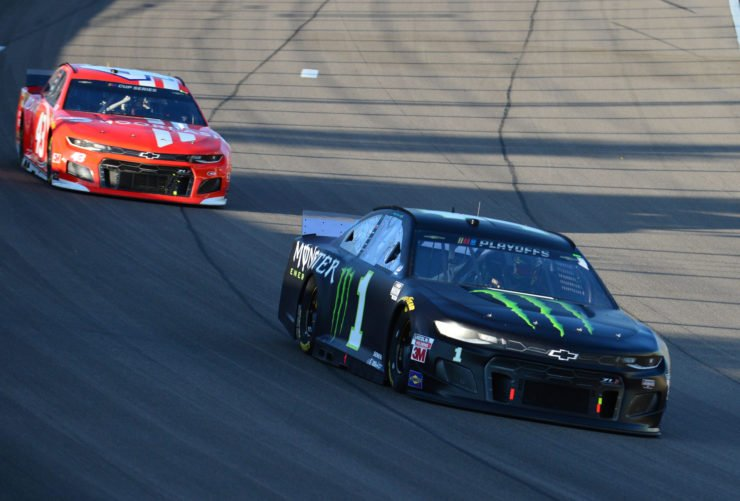 Kurt Busch and Bubba Wallace in action
