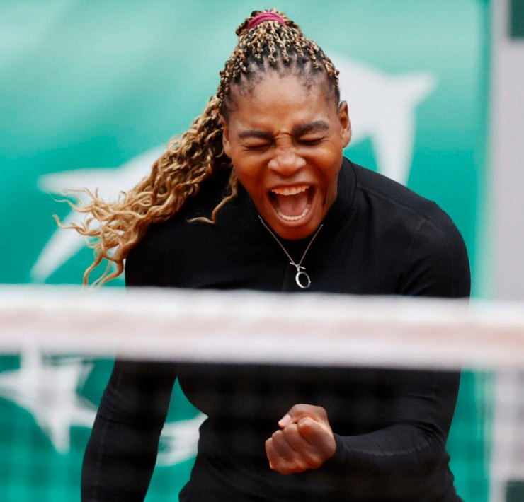 Serena Williams celebrates at French Open 2020