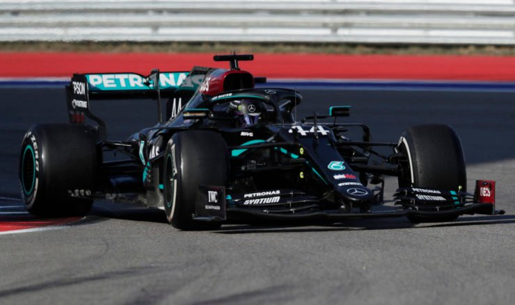 Mercedes Lewis Hamilton at the practice start violation