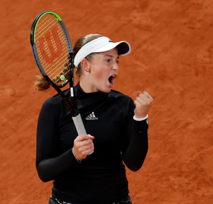 Jelena Ostapenko in action at French Open 2020