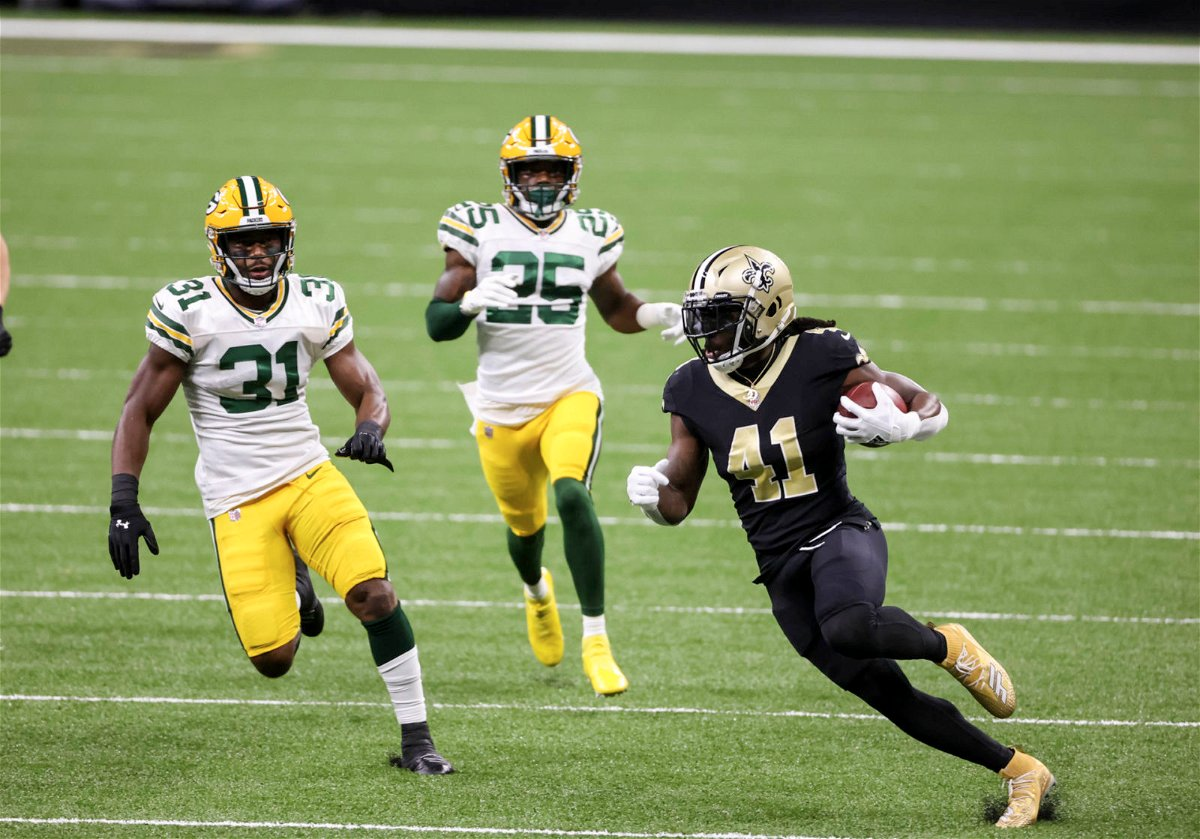 New Orleans Saints running back Alvin Kamara rushes for a touchdwon against Green Bay Packers in Week Three.
