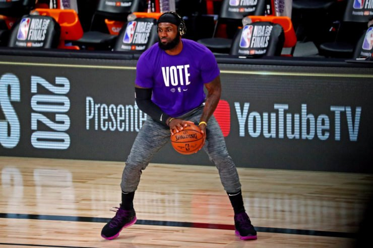 Los Angeles Lakers forward LeBron James warms up