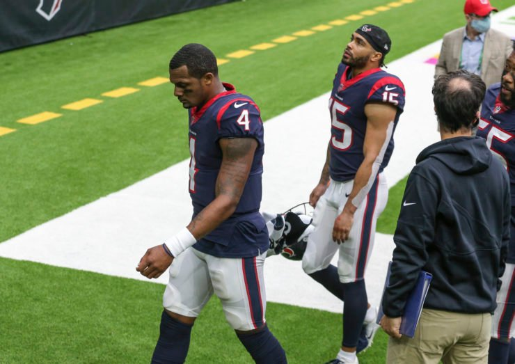 Houston Texans quarterback Deshaun Watson hangs his head in disappointment after losing against Minnesota Vikings in Week Four.