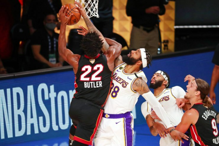 Jimmy Butler pushes his way through Lakers in Finals Game 3 victory for Miami Heat