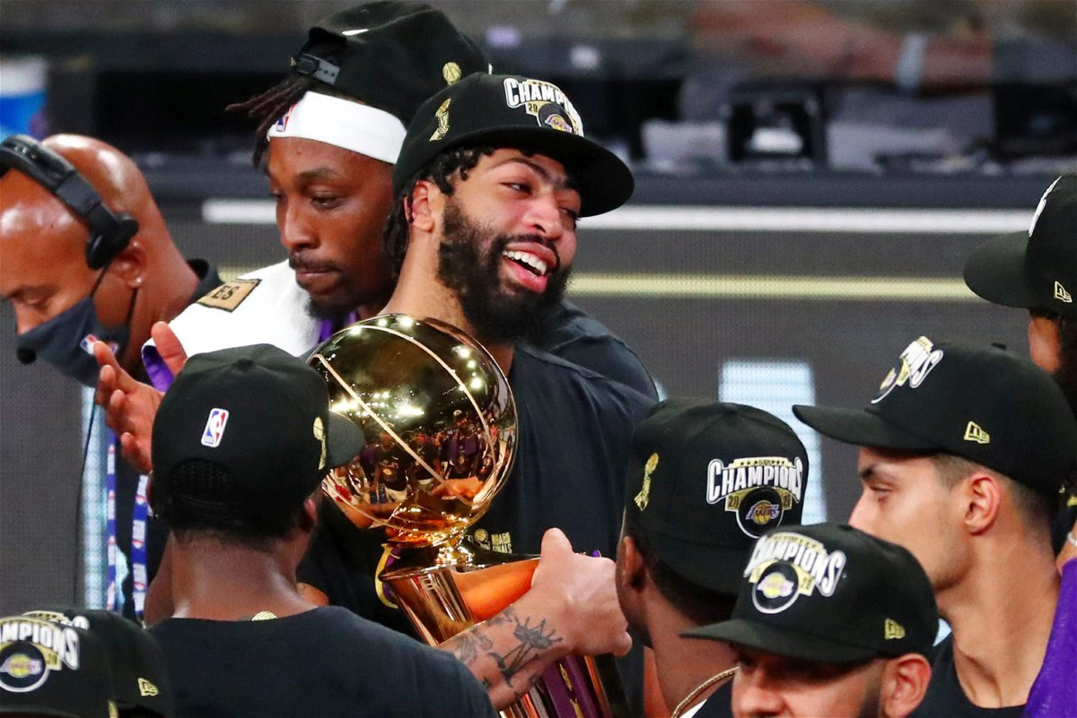 Los Angeles Lakers celebrating in 2020 NBA Finals