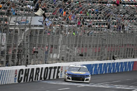 All You Need to Know Before Attending the NASCAR Hollywood Casino 400 Race at Kansas