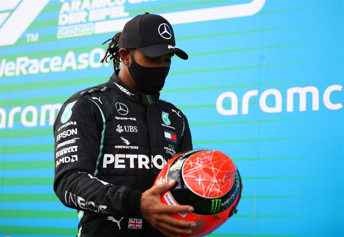 Daniel Ricciardo Left In Awe Of Lewis Hamilton Receiving Michael Schumacher S Helmet Essentiallysports