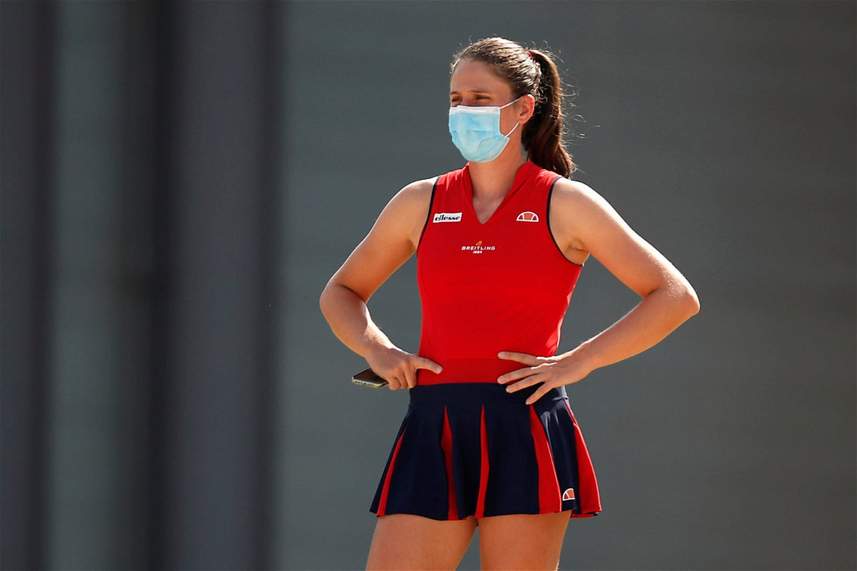 Johanna Konta wearing a mask in Italian Open 2020