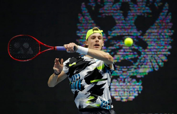 Denis Shapovalov plays a forehand during the St. Petersburg Open 2020 semi-final