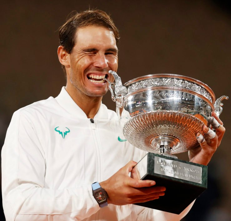 Rafael Nadal with the French Open 2020 trophy
