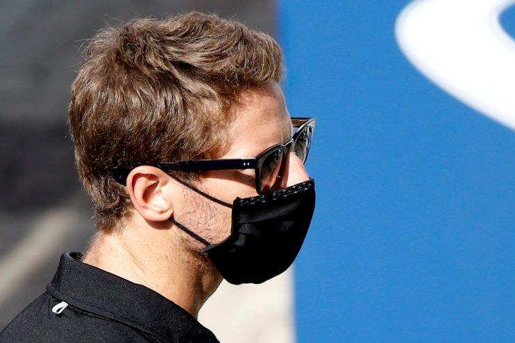 Romain Grosjean jokes about shocking Instagram post