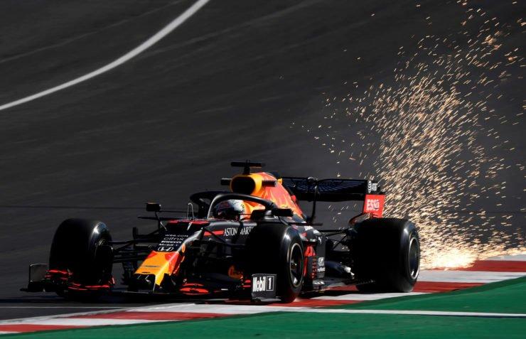 在葡萄牙大奖赛2020实践中红牛车手马克斯·维斯塔潘