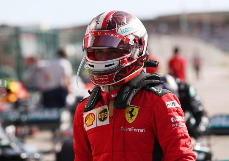 查尔斯·勒克莱尔在他充满赛车的齿轮在葡萄牙出线后P4