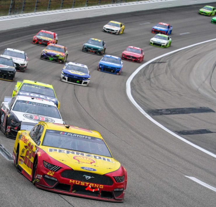 Joey Logano wants to race at Texas
