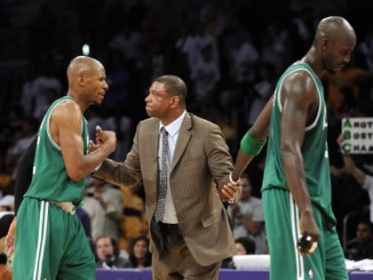 Kevin Garnett and Ray Allen Forced to Sit Together in Paul Pierce's Hall of Fame Ceremony