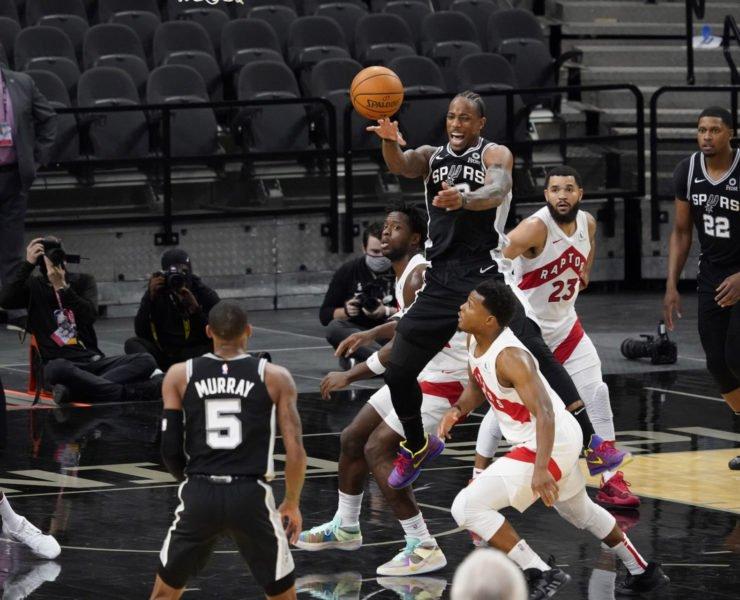 San Antonio Spurs forward DeMar DeRozan