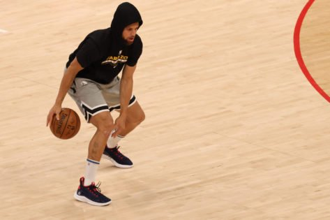 Fans Ecstatic as Stephen Curry Displays Shredded Physique In Off-Season Practice