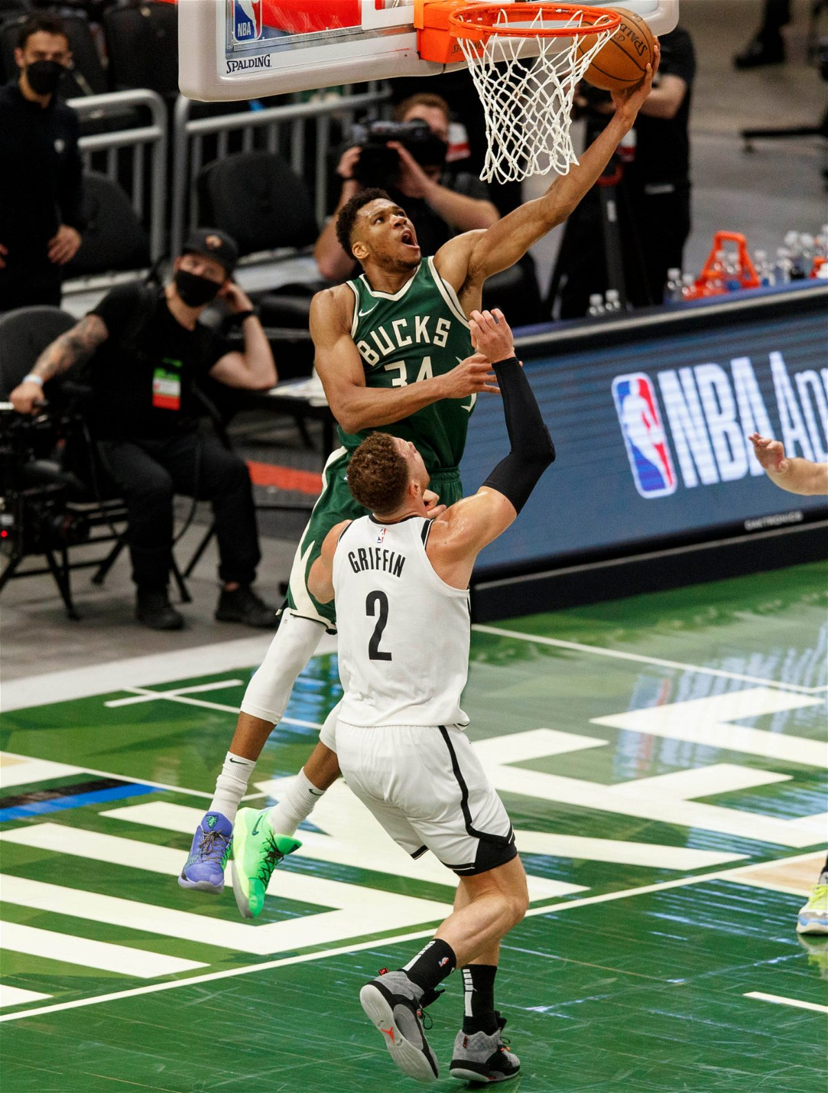 Giannis Antetokounmpo Warns Other Shooters Against Going Back And Forth With Brooklyn Nets Kevin Durant Future Tech Trends