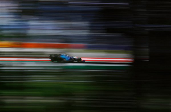F1 Official App Hack Confirmed as Fans Troll Them With 'Foo' Memes - EssentiallySports