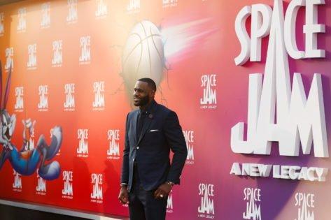 Did LeBron James Achieve Billionaire Status Before Michael Jordan? Here's How!