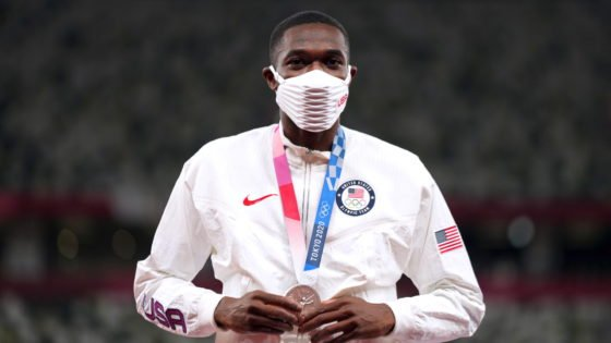 """""""He Had This Cold, Eerie Look""""- Olympic Star Rai Benjamin Encounters Strange Passenger on Plane to Nike Prefontaine Classic 2021"""