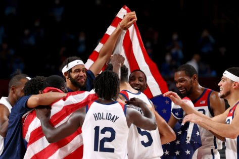 Jrue Holiday and Khris Middleton Emulate Michael Jordan and Scottie Pippen After Team USA Wins Gold Medal at Tokyo Olympics