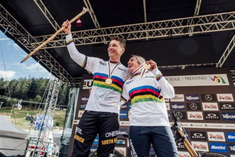 What Is the Meaning of the Rainbow Jersey in Cycling?
