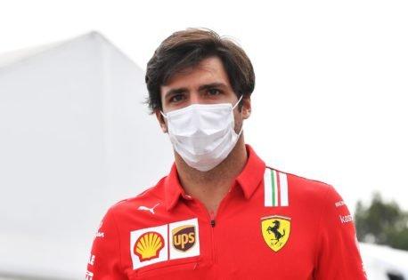 Carlos Sainz Fires Back at Recent McLaren F1 Suggestions