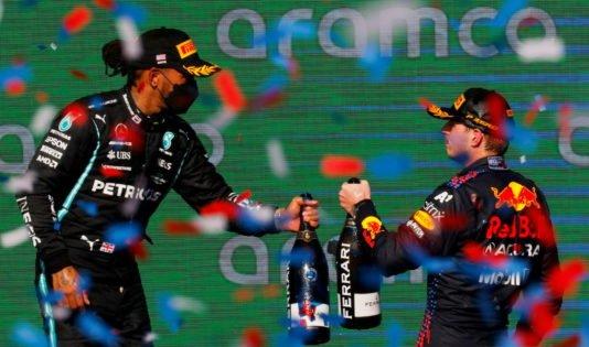 Lewis Hamilton's Dad: Ricciardo-Sainz 'Nasty' US GP Battle Proves Verstappen F1 Theory