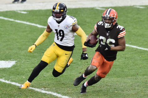 Pittsburgh Steelers Dealt Blow as JuJu Smith-Schuster Faces Extended Spell on the Sidelines