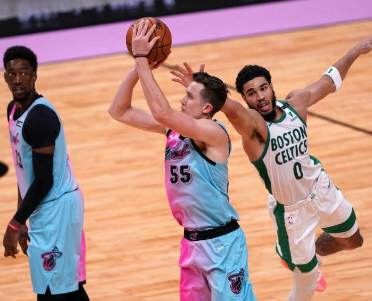 Miami Heat's Duncan Robinson shooting