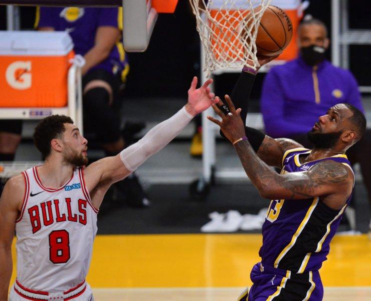 Bulls' Zach LaVine against Lakers' LeBron James