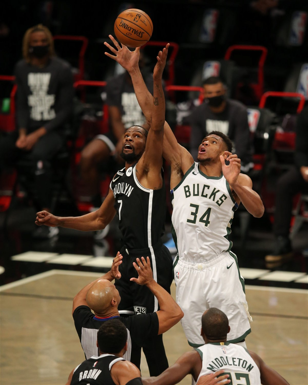 Will Giannis Antetokounmpo & Kevin Durant Play Tonight? Bucks vs Nets: Predictions, Injury Report & Lineups - Future Tech Trends