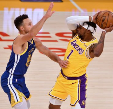Warriors' Stephen Curry vs Lakers
