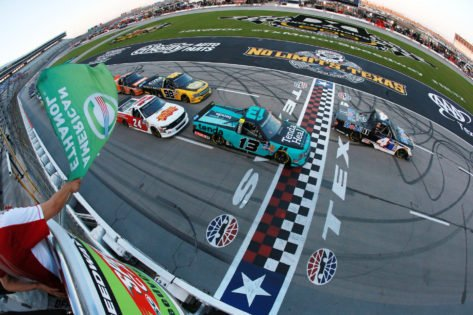 How Many NASCAR Fans Will be in Attendance at Texas Motor Speedway?