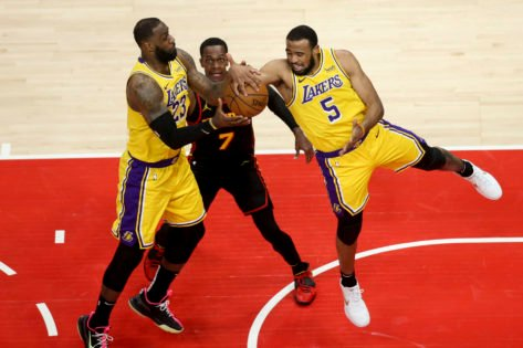 Lakers Coach Hints Towards Rajon Rondo Replacing Jared Dudley as the Locker Room Leader