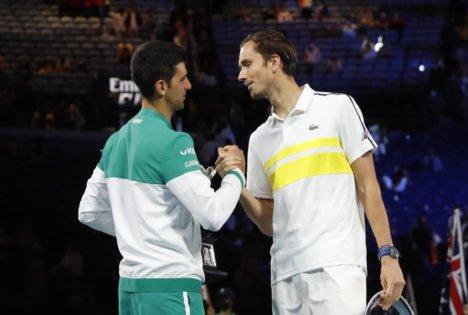 How Can Daniil Medvedev Defeat Novak Djokovic at the US Open 2021 Finals?