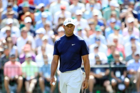 What is the Maximum Weight Tiger Woods Can Bench Press?