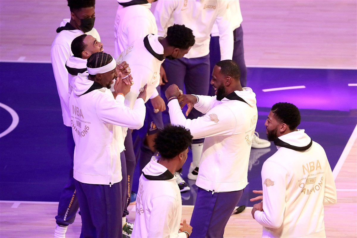 LeBron James of the Lakers with his teammates