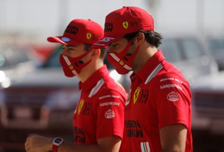 Carlos Sainz Rates Him on a Similar Level as Ferrari F1 Teammate Charles Leclerc
