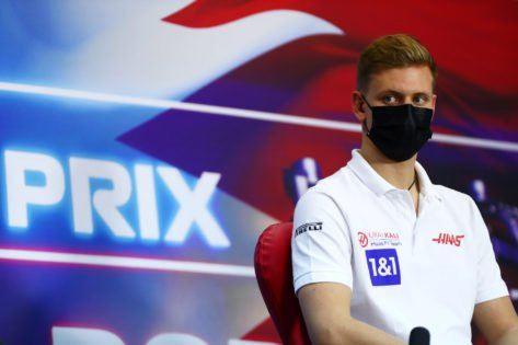Mick Schumacher Recieves Gory Advice from F1 Relative on Handling Steiner